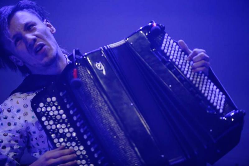 Zbigniew Chojnacki w trakcie koncertu